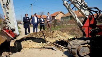 Photo of NIT MANJEG ČOVEKA, NIT DUŽIH PRSTIJU: Zelje nema više, a Serdžo čeka da skoči sa čeličnog mosta