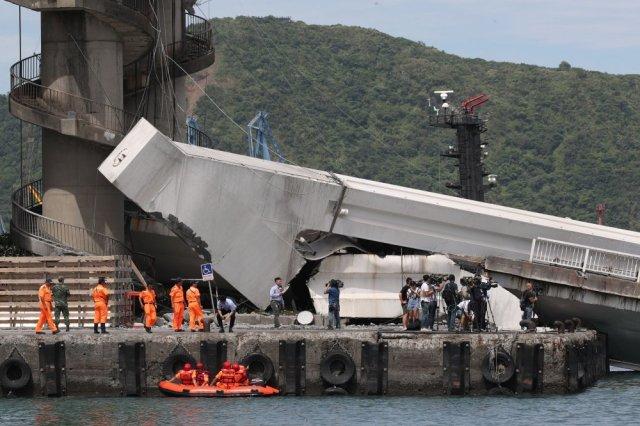 Srušeni most u Tajvanu