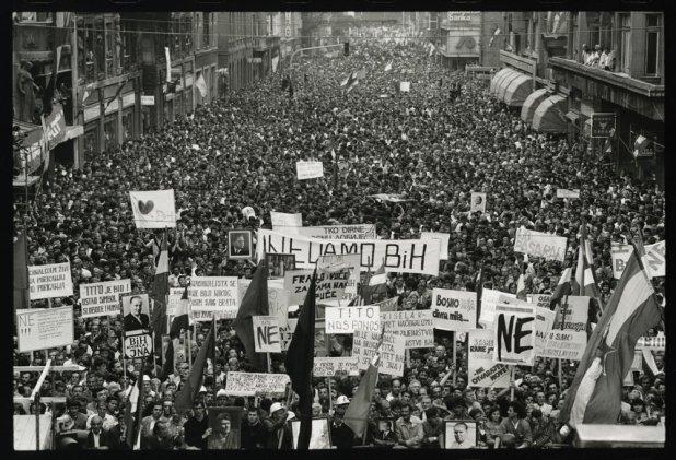 Manifestacija za mir u Titovoj, Sarajevo