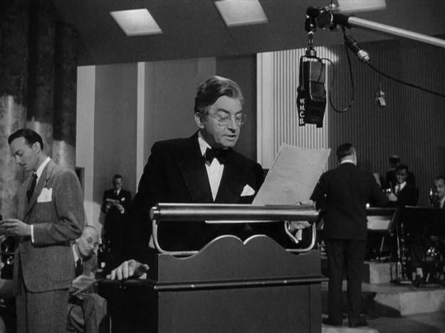 Claude Rains: Your genial host.