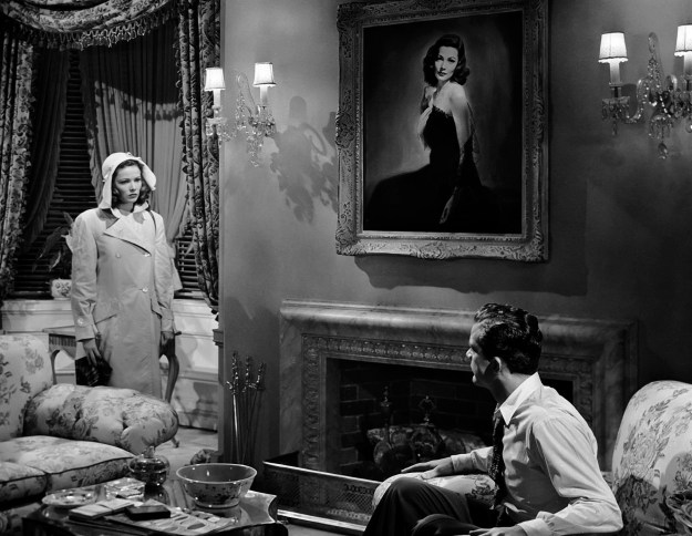 Gene Tierney, Andrews:  Look what the cat dragged in.