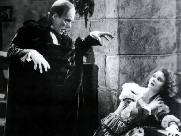 Lon Chaney and Mary Philbin in full Delsarte mode . . .