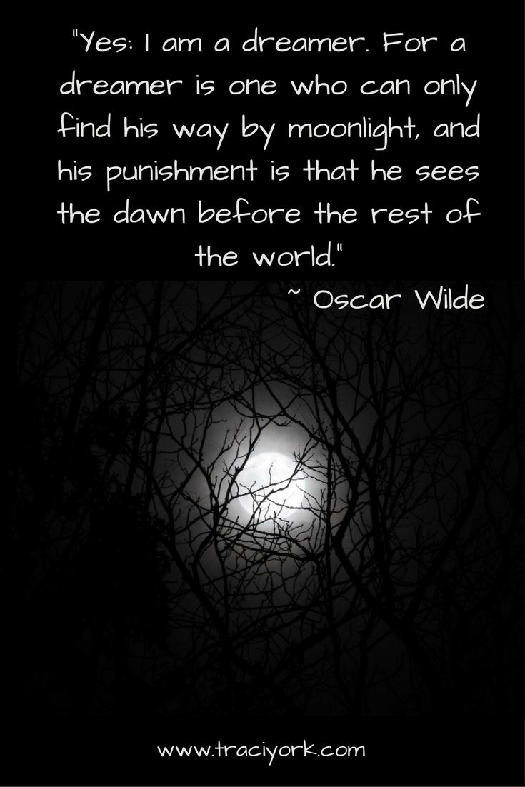 Oscar Wilde Moon Quoto