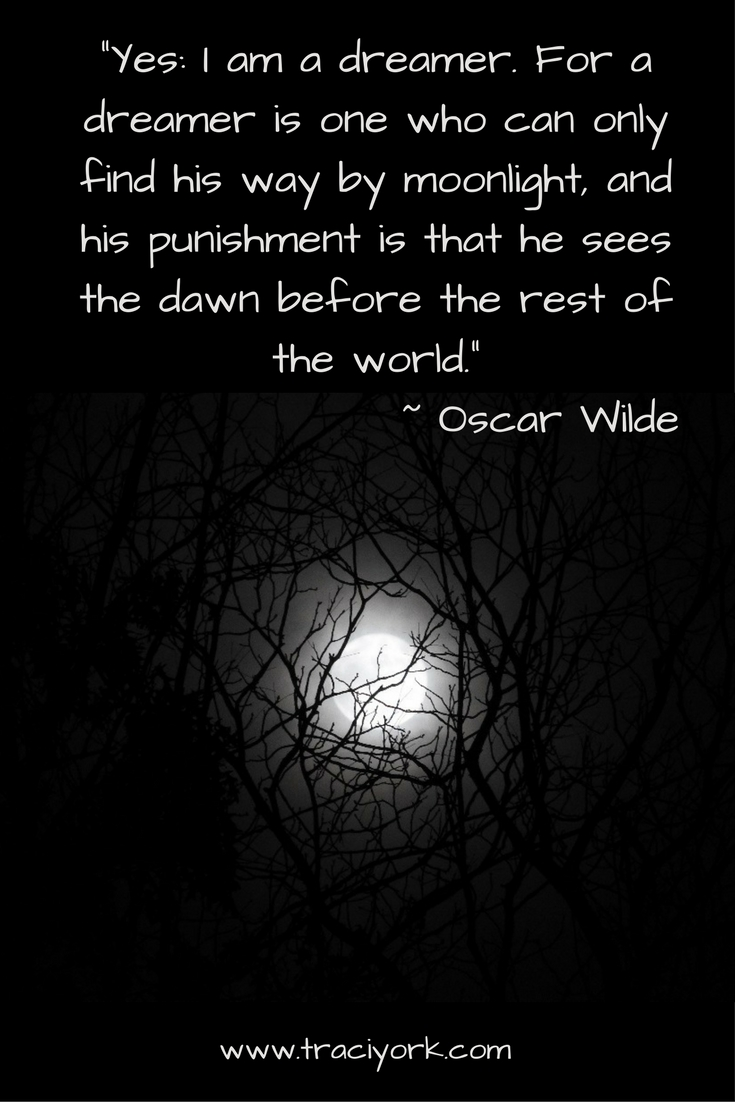 Oscar Wilde Moon Quoto