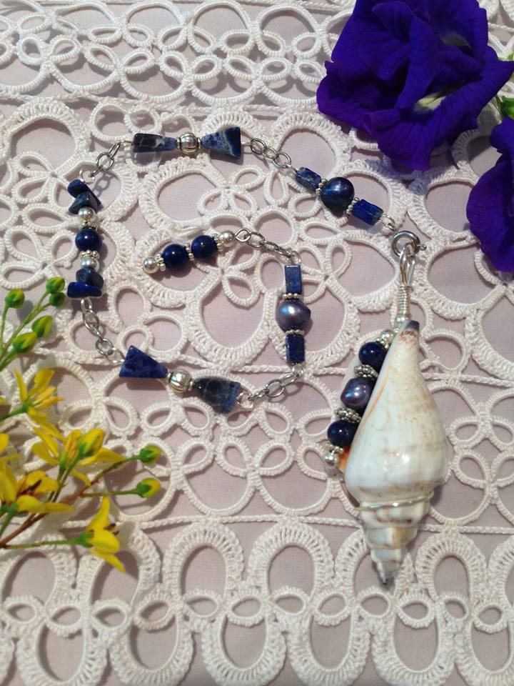 Guest Post From The Smart Witch - Pendulum Dowsing - Traci York