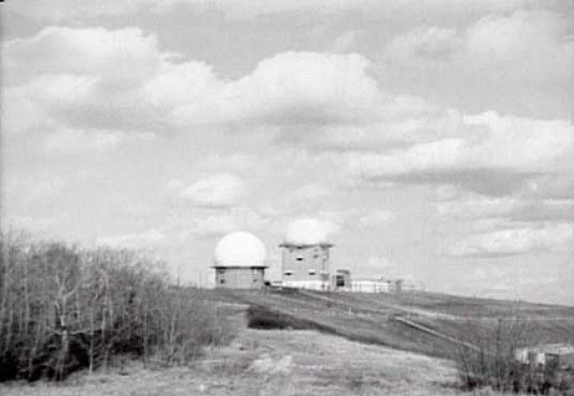 Radar towers atop Sagehill. Looking towards the northeast. PMQs down the hill on the right of photo.