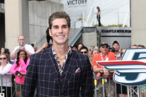 Perry Farrell of Jane's Addiction on the red carpet.