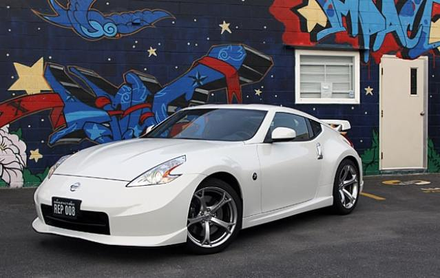 2011 Nissan 370Z NISMO Review