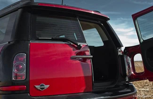 2011 MINI Cooper Clubman Review rear door