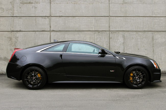2013 cadillac cts v coupe review car that always makes an entrance. Black Bedroom Furniture Sets. Home Design Ideas