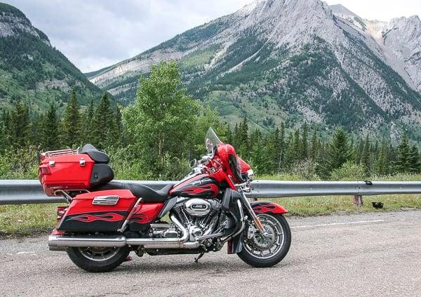 Harley-Davidson Electra Glide sideview