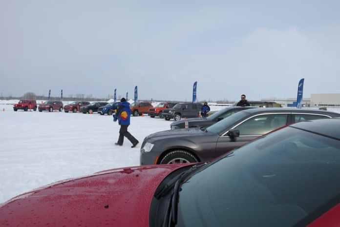 2015 fca canada winter driving_pw-004