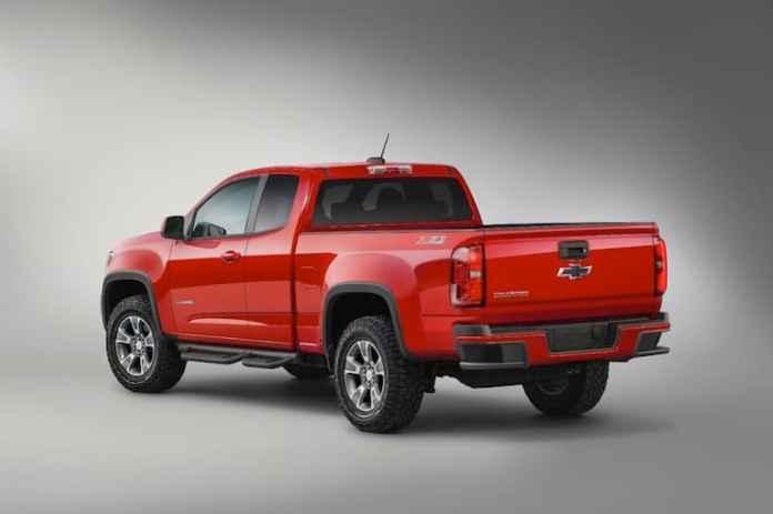 2015-colorado-z71-trail-boss-edition-rear