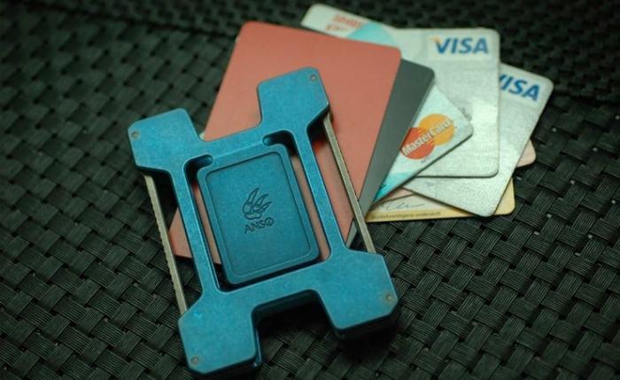 Anso-Matrix-Card-Holder