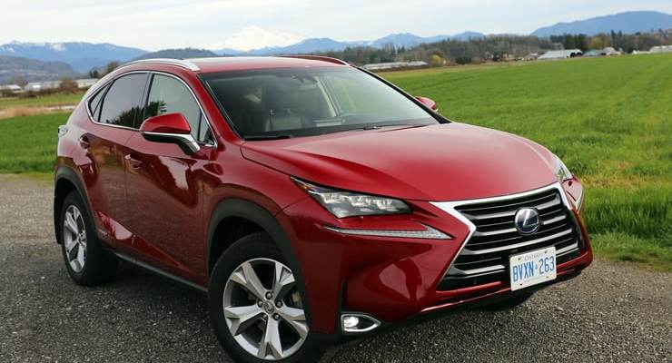 Lexus_NX300h_FrontAngle