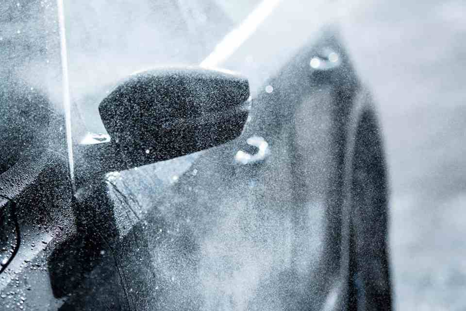 7 Easy Tips to Clean and Protect Your Vehicle During the Cold Months