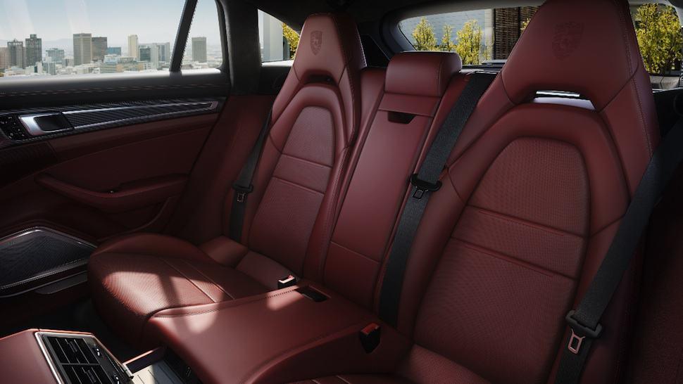 Porsche Panamera Sport Turismo rear seats
