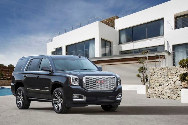 Refreshed 2018 GMC Yukon Denali: New Grille and 10-Speed Auto Transmission