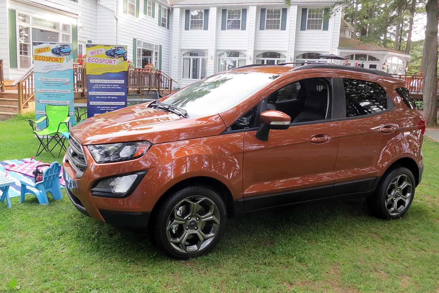first look ford 39 s all new 2018 ecosport compact suv. Black Bedroom Furniture Sets. Home Design Ideas