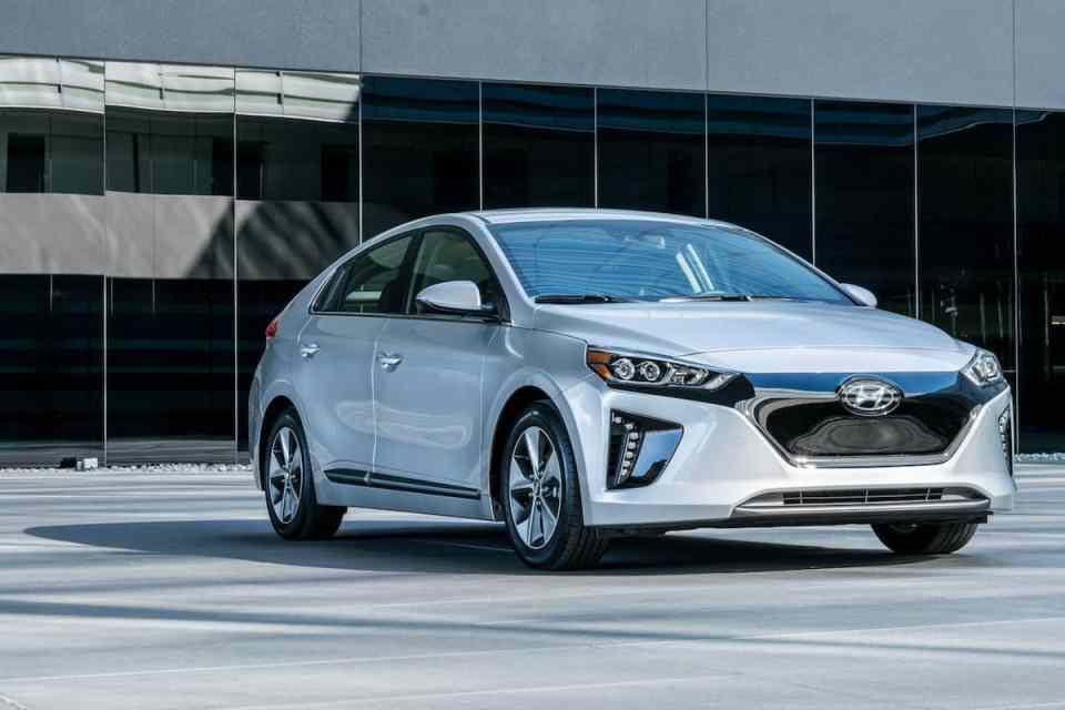 2017 Ioniq Electric Review: Hyundai's All-New EV Hatchback