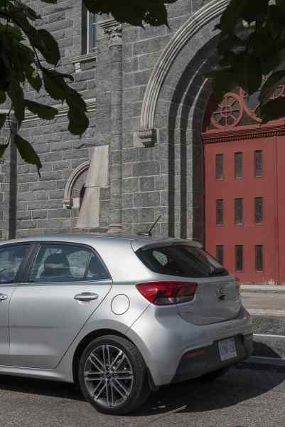 2018 kia rio 5-door hatchback review amee reehal (1 of 22)