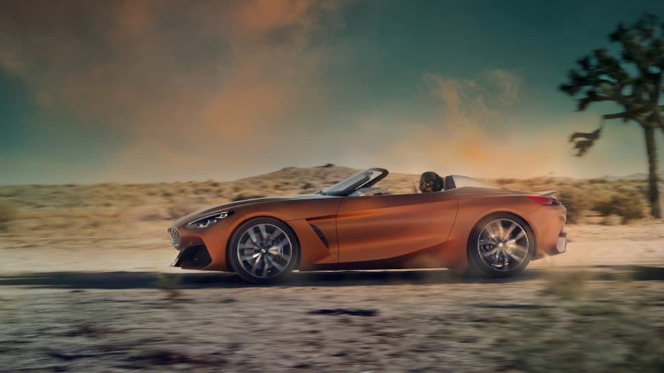 2019 BMW Z4 concept rolling sideview