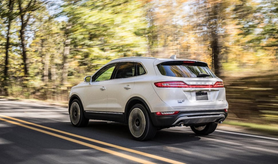 2019 Lincoln MKC white rear rolling