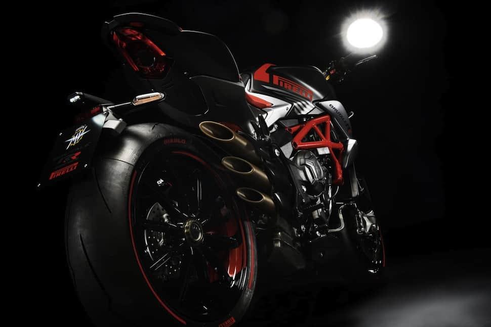 mv-agusta-brutale-800-rr-pirelli-red-black-rear