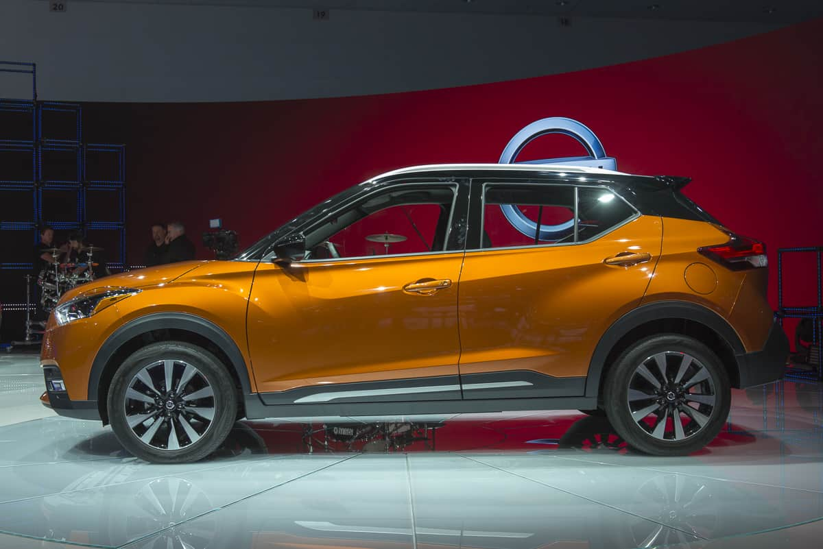 all new 2018 nissan kicks arrives features release date price photos. Black Bedroom Furniture Sets. Home Design Ideas