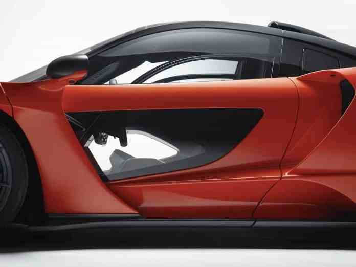 mclaren senna door glass