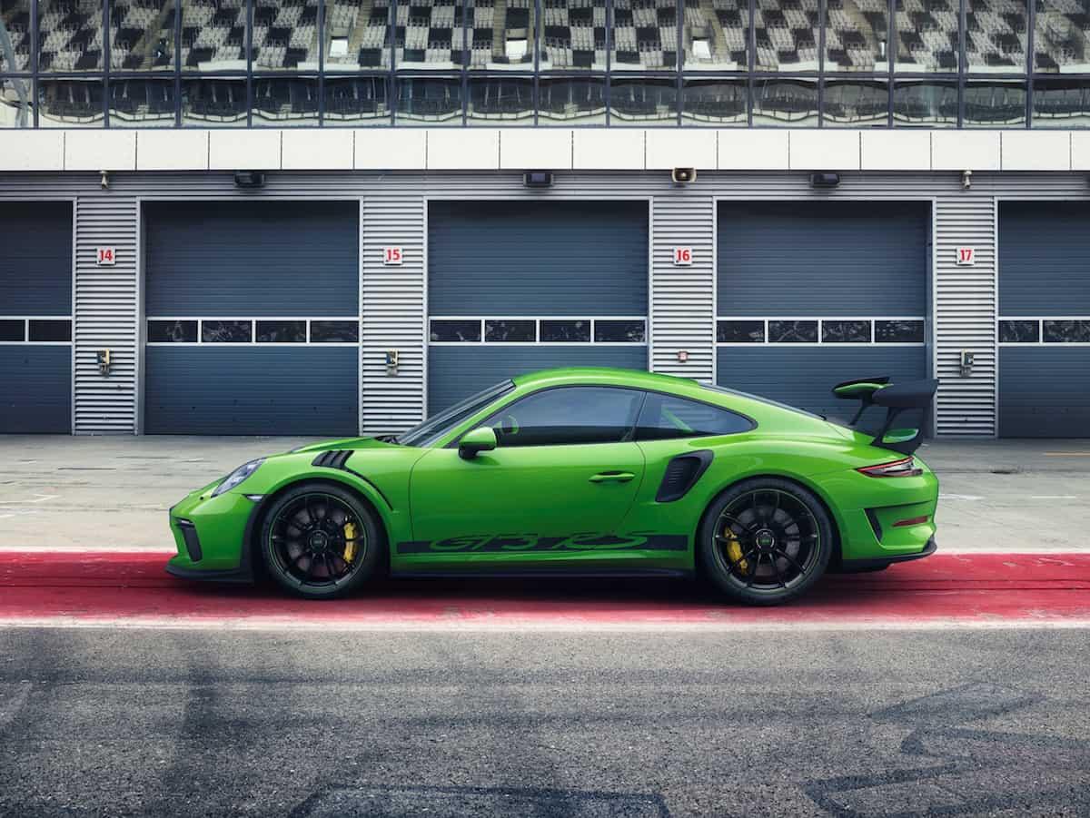 2019 Porsche 911 GT3 RS sideview