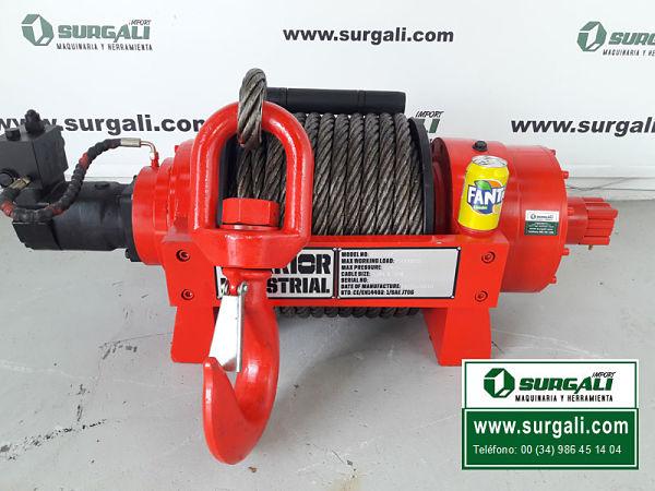 Cabrestante o Winche para tractor marca Surgali