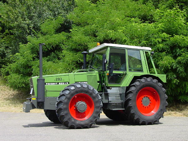 Fendt Favorit 626 LS