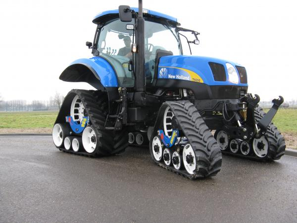 New Holland forestal de Cadenas