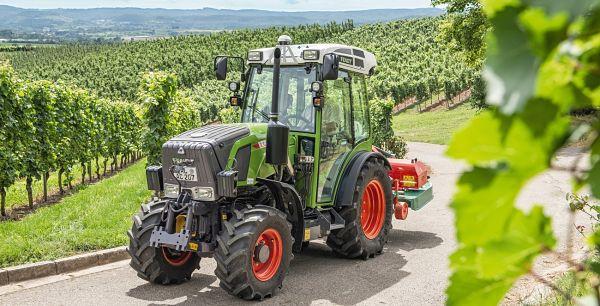 Tractor Fendt 211 Vario
