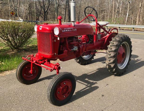 Tractor a Gasolina Farmall Cub