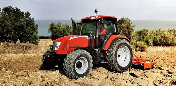Tractor McCormick X6.4