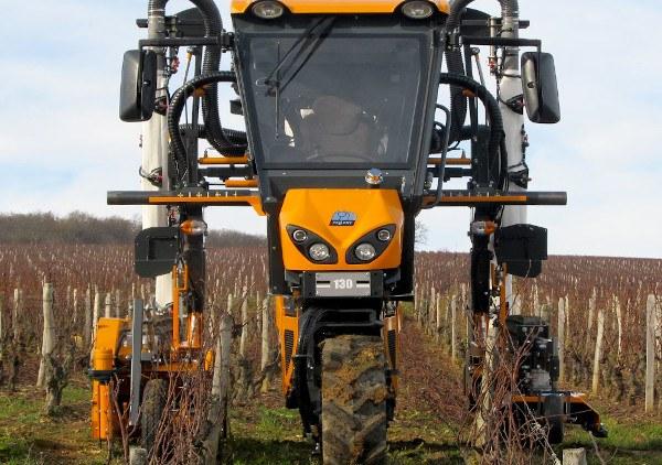 Tractor zancudo Pellenc 130