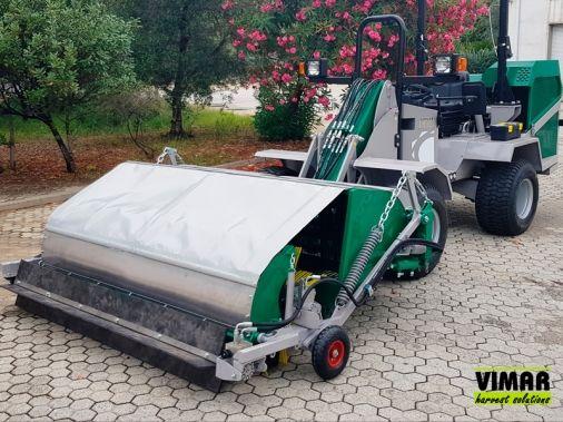 Barredora autopropulsada para recolección de aceituna y frutos secos. Imagen: Vimar