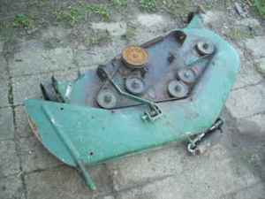 Used Farm Tractors for Sale: John Deere 112 Patio Deck 47