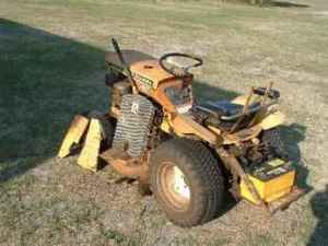 Used Farm Tractors for Sale: Allis Chalmers  B12 (20050312)  TractorShed