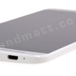 HTC One Max angled bottom