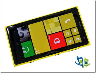 Lumia 1020 front copy