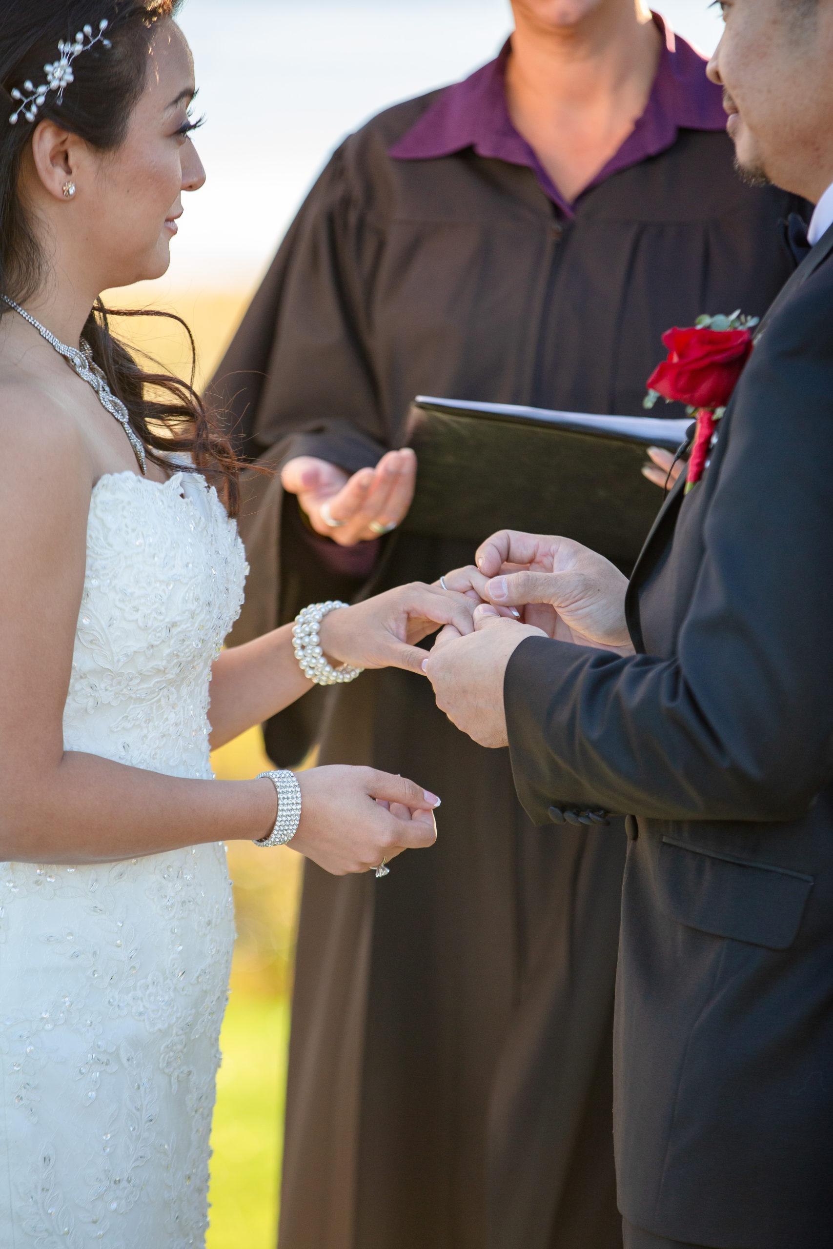 Harbor lights, warwick, rhode island, RI, Tracy Jenkins Photography, RI wedding photographer, Rhode Island wedding photographer, micro-wedding, wedding ceremony, ring exchange