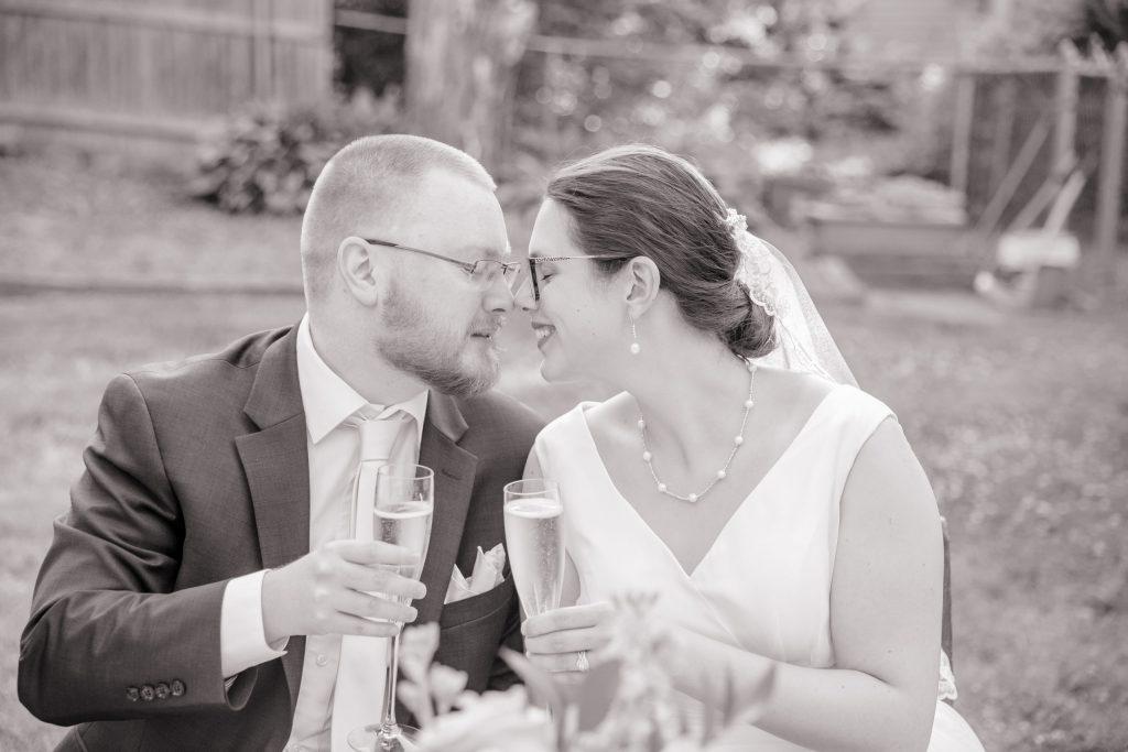 Wedding toast, champagne, tracy jenkins photography