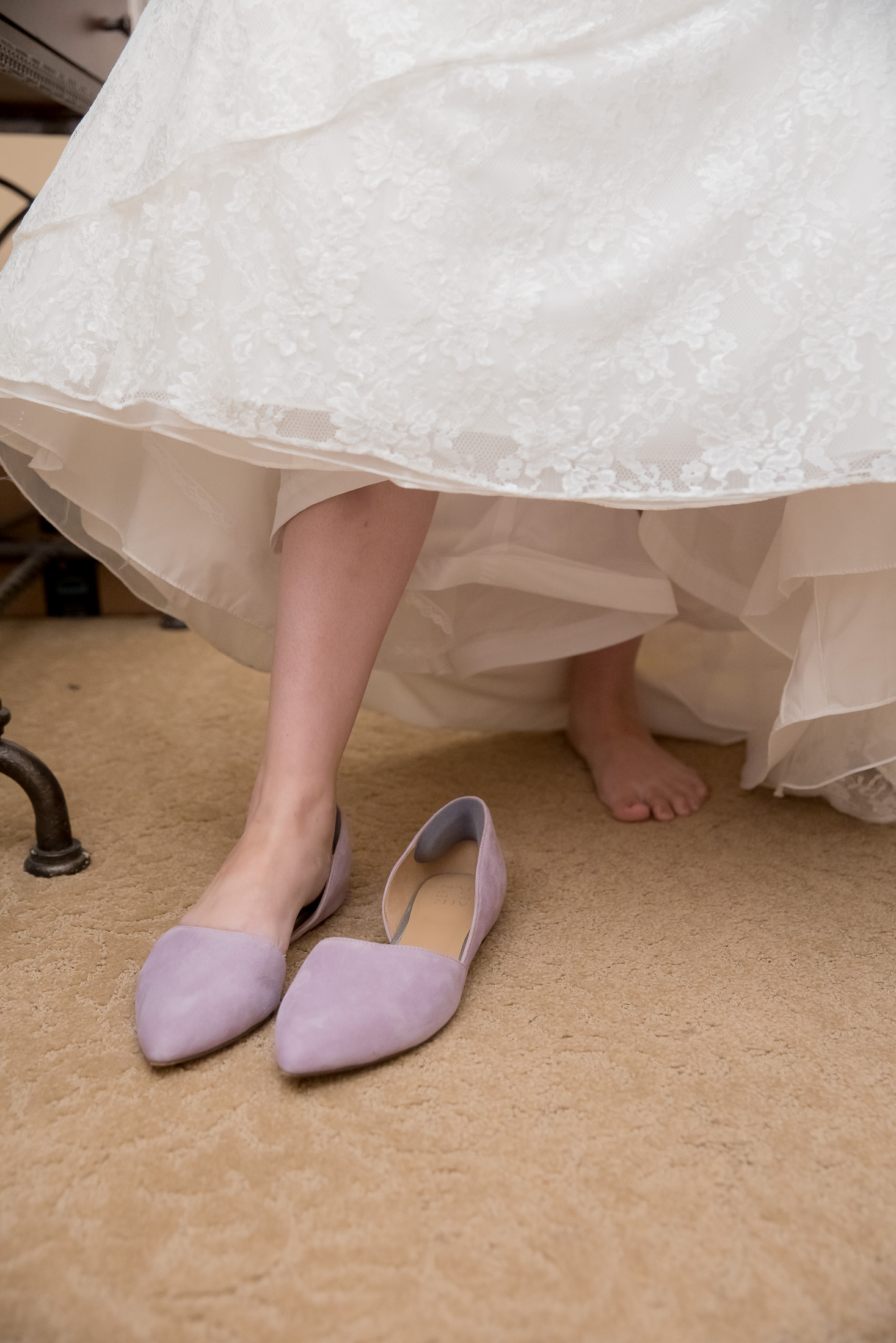 lilac shoes, getting ready, wedding, bride, tracy jenkins photography, publick house, Massachusetts, new england,  photography