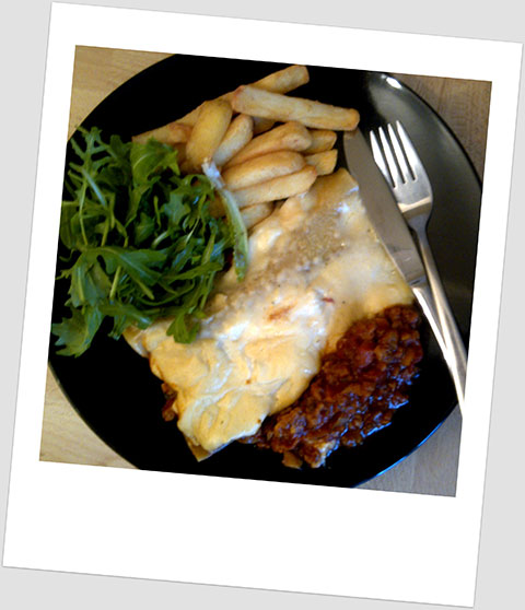 Dinner Day 9: Soya Mince Lasagne With A Side Salad & Chips