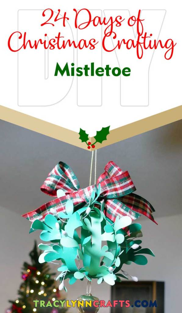 Get your Christmas kisses under this DIY paper mistletoe | #diy #mistletoe #cricut #paper #christmas