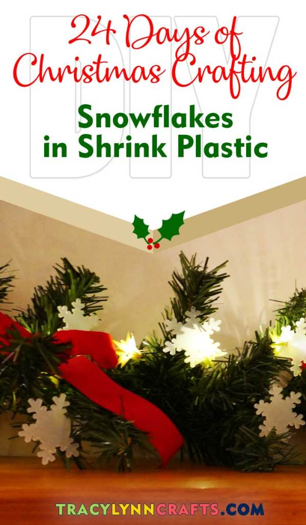 Makes these mini snowflakes from shrink plastic and decorate your holiday | #diy #christmas #holiday #snowflake