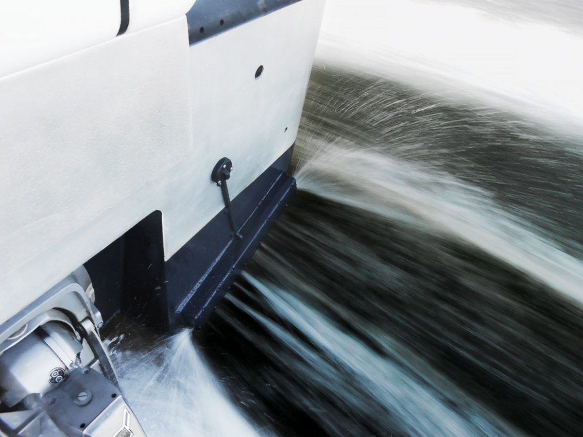 Many Boaters Have Trouble Using Outboard Motors